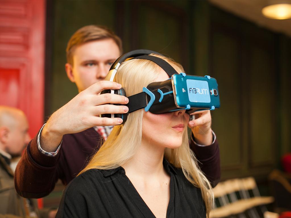 Очки виртуальной реальности википедия куплю xiaomi mi в дербент